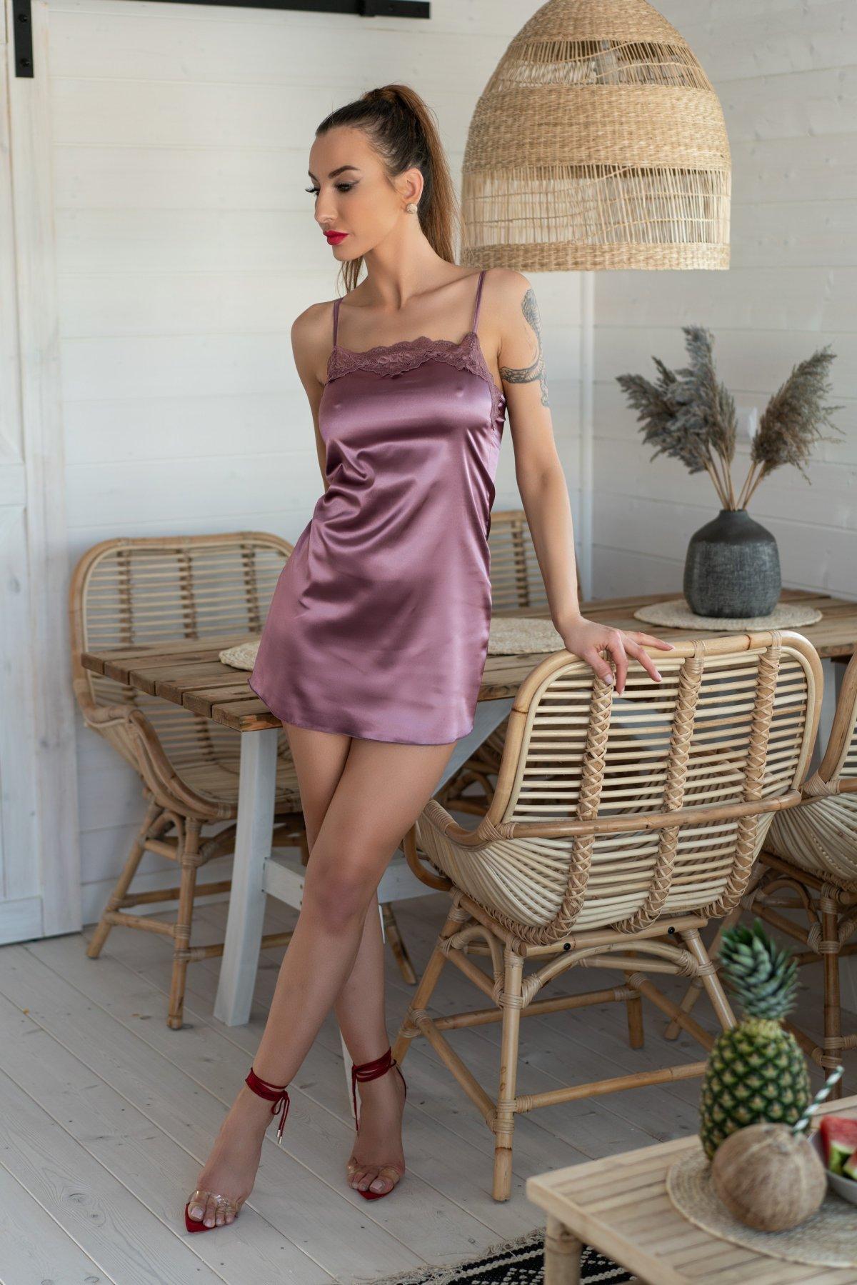 Jacqueline Violet LC 90249-VIO