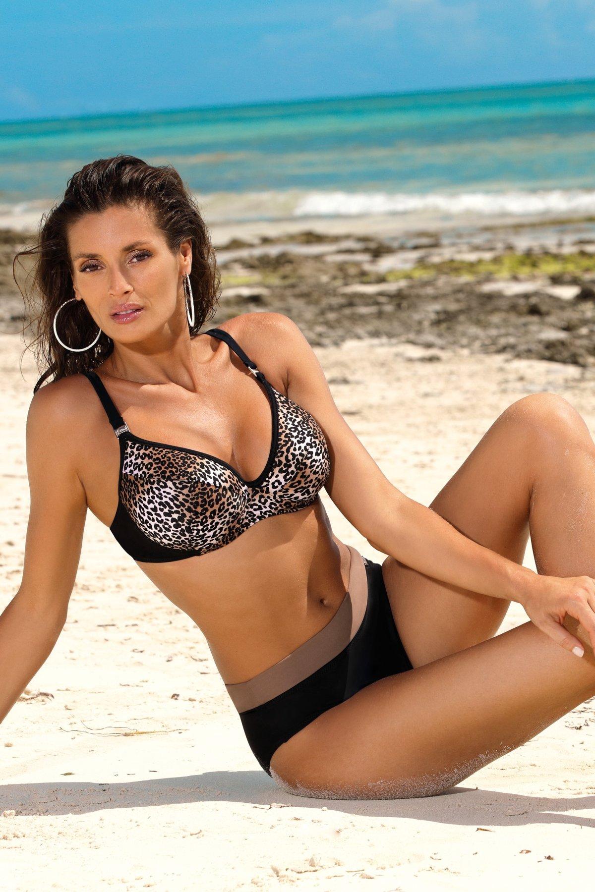 Stephanie Nero-Tripoli M-522 (2)-BLA