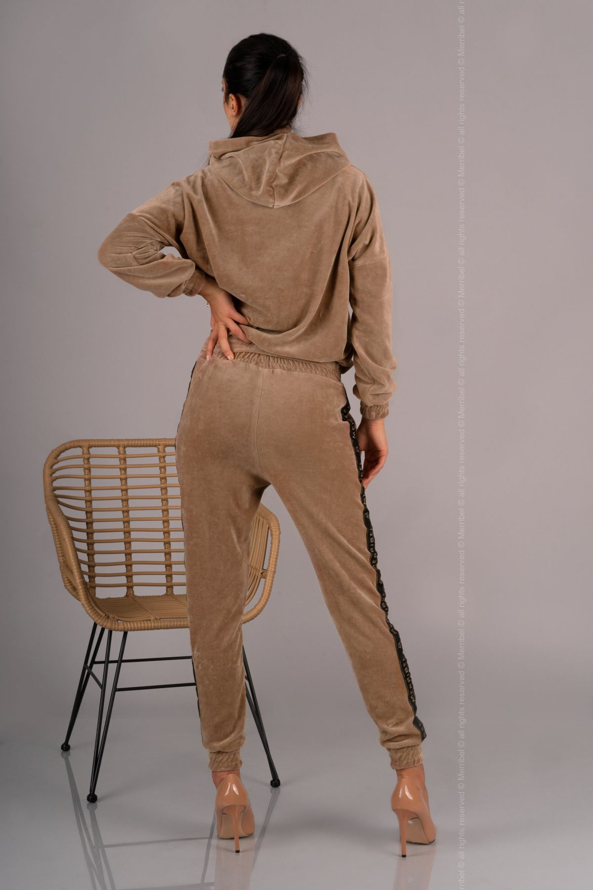 Provocateur Me Camel Velur-BRO